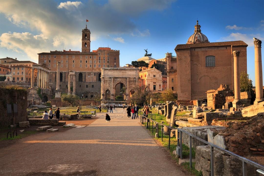 Pałac Senatorski - widok z Forum Romanum