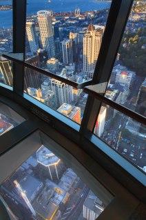 Szklana podłoga jako element dekoracyjny :)