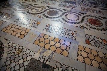 Mozaika z warsztatu Kosmatów