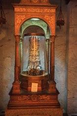 Kaplica św. Zenona - fragment kolumny z twierdzy Piłata