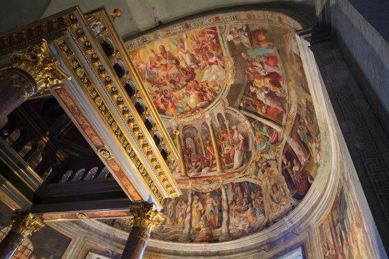 Freski na półkopule prezbiterium
